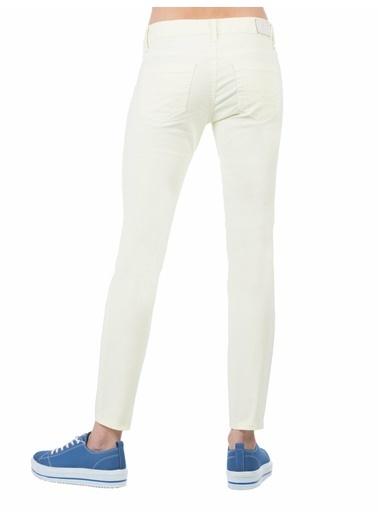 Colin's Slim Fit Dar Paça Düşük Belkadın Pantolon Renkli